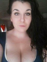 Busty_Emma (27)